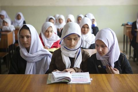 UNFPA Afganistan school