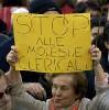 Diciamo no alla crociata contro le donne