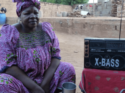 AFRICA – Abbandonare le MGF su MF! Abandoning FGM on FM! Abandonner les MGF sur MF!